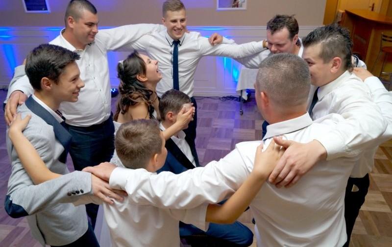 Dlaczego muzyka jest tak ważna na weselu?