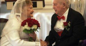 e8565973205f66a0ccb4520d4f6aae8c 300x160 - Miłość i ślub na emeryturze - jak poznać drugą połówkę?