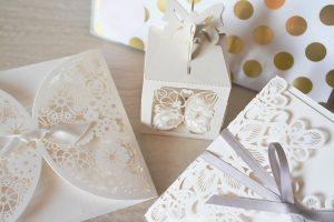 wedding 1760024 960 720 300x200 - Zaproszenia na ślub - z osobą towarzyszącą czy bez?