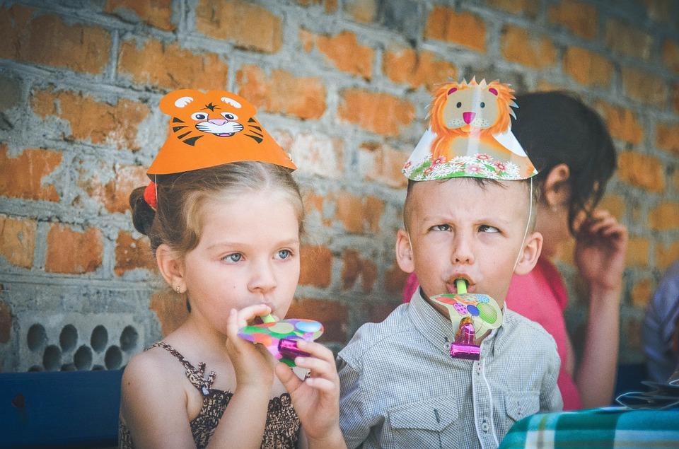 kids 783520 960 720 - Zabawy dla dzieci na przyjęciu weselnym