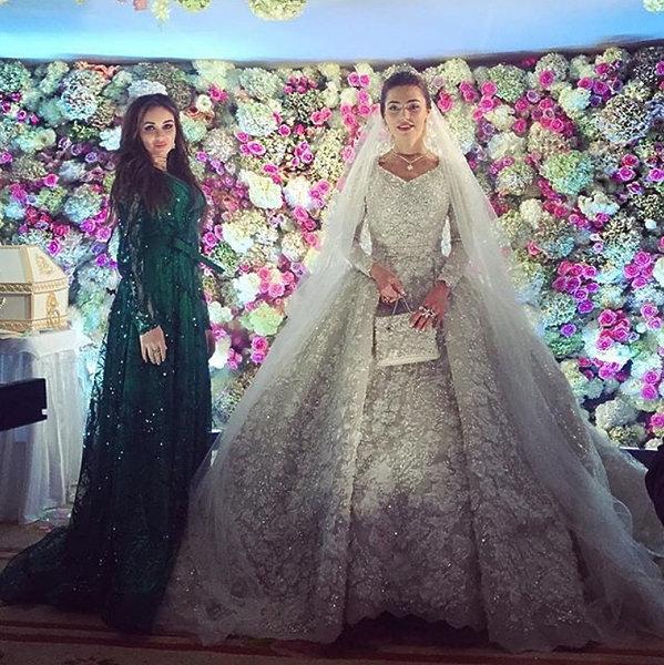 najdrozsze suknie slubne na swiecie khadija uzhakhovs 375961 GALLERY 600 - Najdroższe suknie ślubne świata