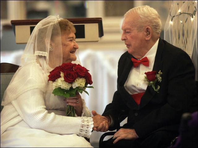 Miłość i ślub na emeryturze – jak poznać drugą połówkę?