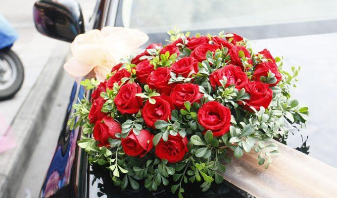 Dekoracja samochodu, jak udekorować auto do ślubu?